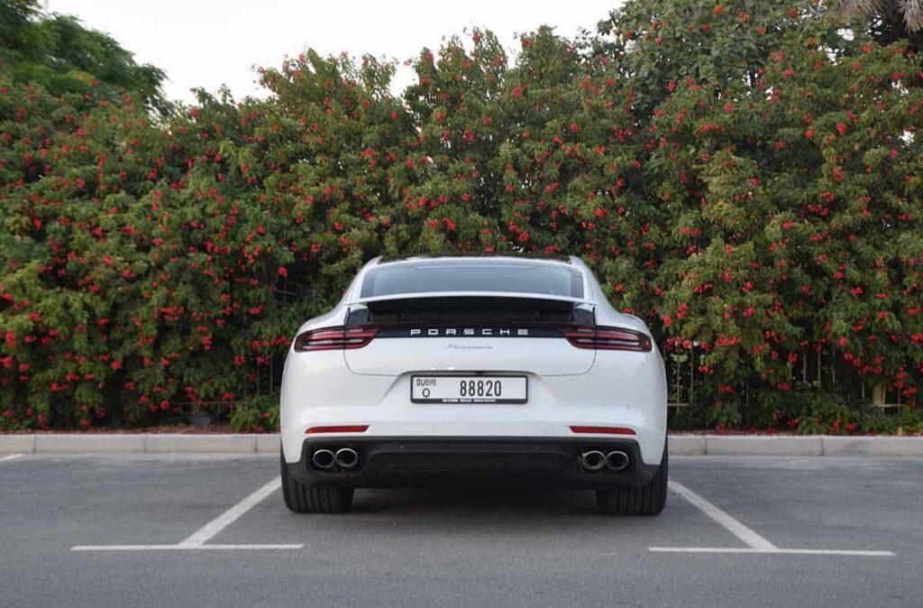Porsche Panamera S for Rent In Dubai