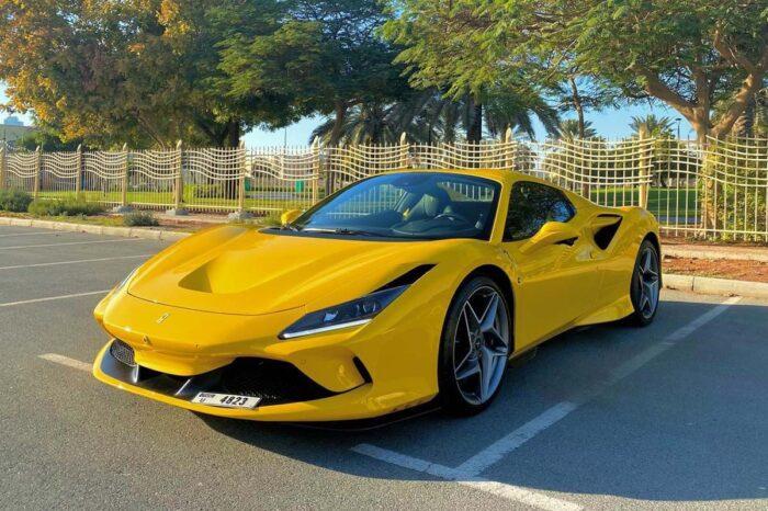 Ferrari F8 Yellow