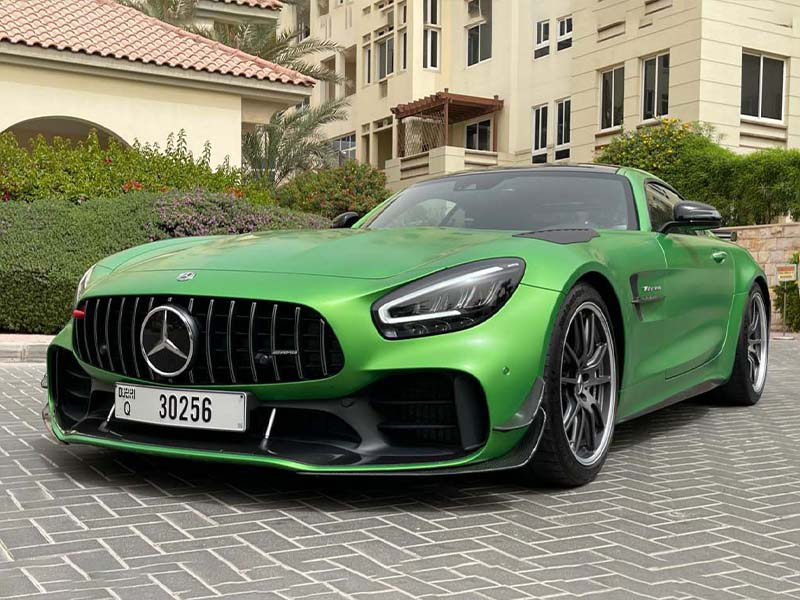 Sports Car Rental Dubai is Fast, Fun and Thrilling Experience